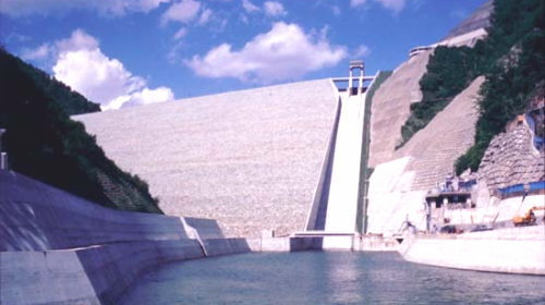 みなかみ町/水上温泉観光情報/奈良俣ダム